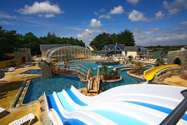 Espace aquatique domaine de l veno gu rande for Camping morzine avec piscine