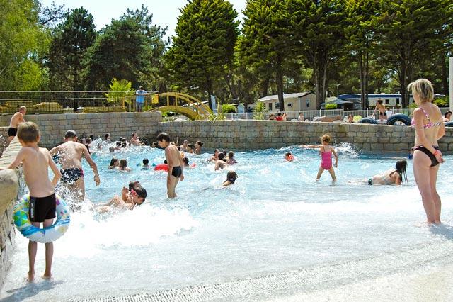 Espace aquatique domaine de l veno gu rande for Camping guerande avec piscine